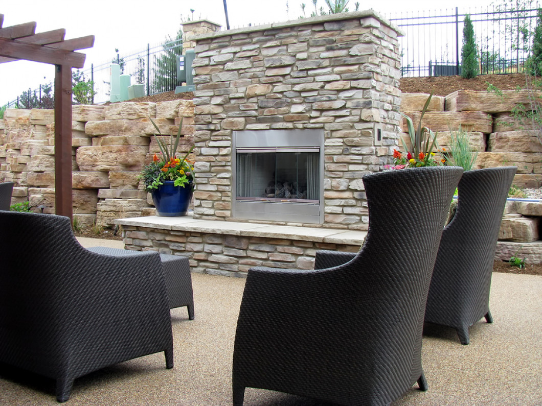 Make Your Outdoor Living Area Cozy This Fall